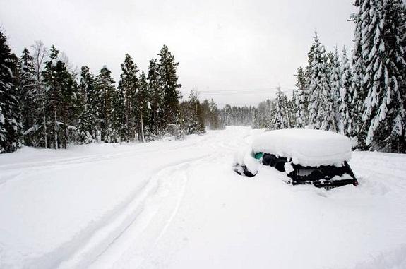 В Бессарабии транспорт массово попадал в снежный плен