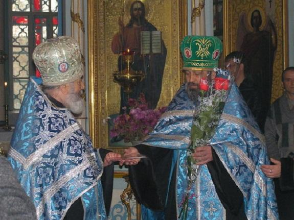 Протоиерей Свято-Покровского собора стал почётным гражданином Килии