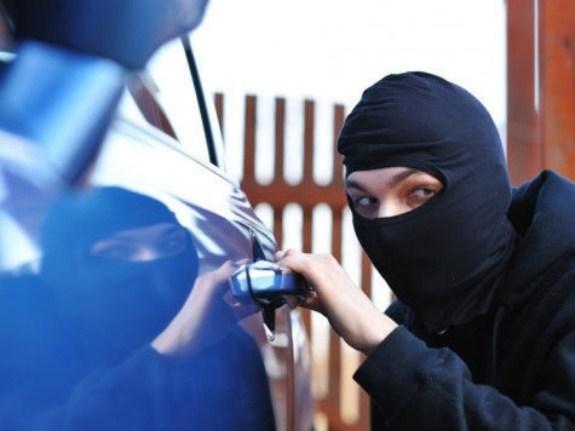 У жителя Арциза угнали автомобиль