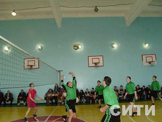 В Измаиле начался чемпионат по волейболу