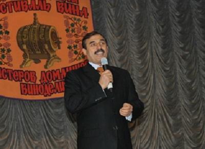 Нардеп посетил фестиваль вина в Саратском районе
