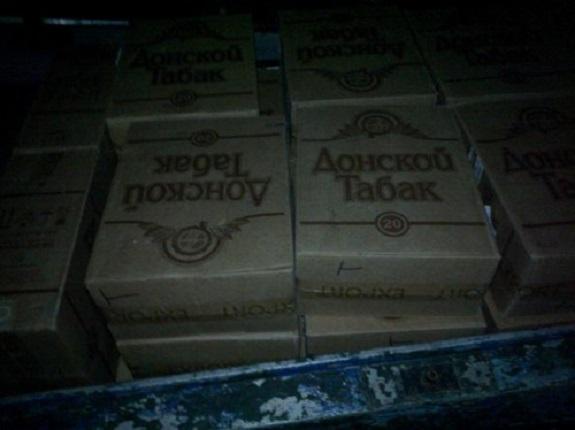 Белгород-Днестровские пограничники гнались за контрабандистами, которые оставили им 34 ящика сигарет