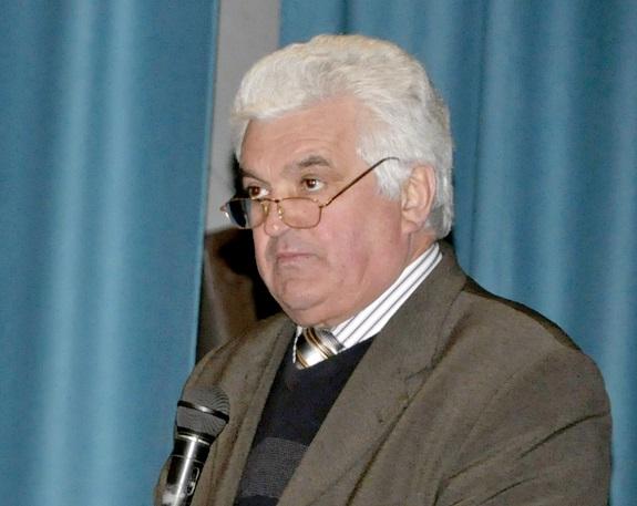 Возмущённые депутаты требуют уволить Червоноармейского сельского голову