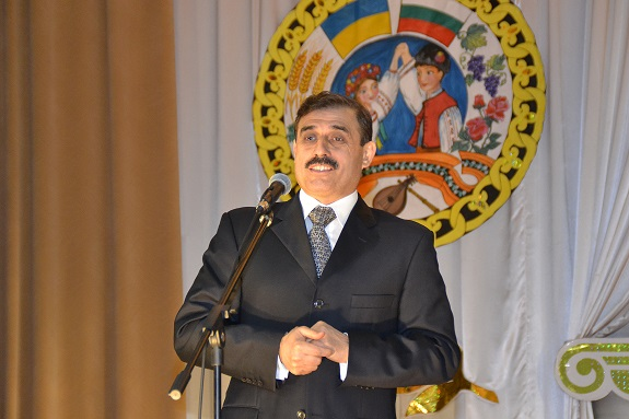 Нардеп поздравил болградскую гимназию с юбилеем (ФОТО)