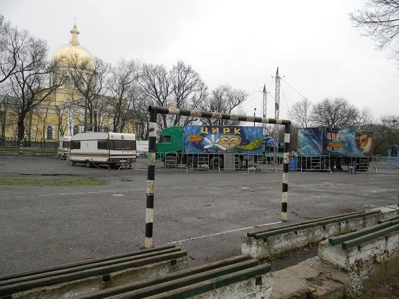 Болградские власти допускают уничтожение спортивной площадки (ФОТО)