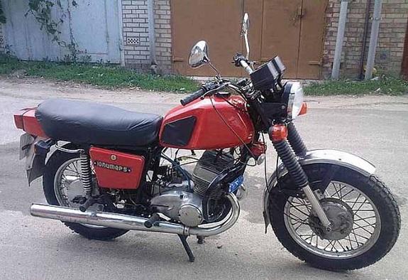 В Килии судимый подросток угнал мотоцикл