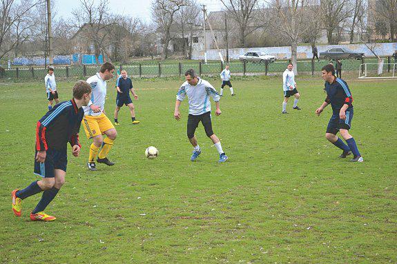В Арцизском районе определился победитель турнира открытия сезона по футболу 2013 года (ФОТО)