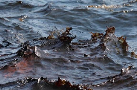 В порту Рени при бункеровке произошёл разлив мазута