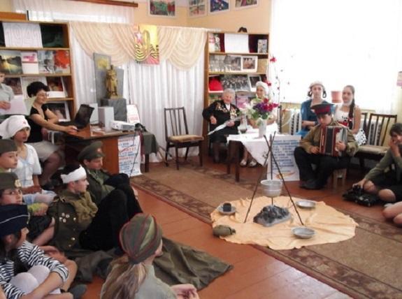 В Арцизе школьники встретились с ветераном ВОВ (ФОТО)