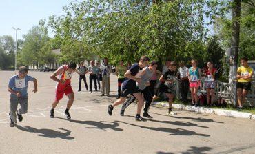 В Болграде прошла лёгкоатлетическая эстафета в честь Дня Победы (ФОТО)