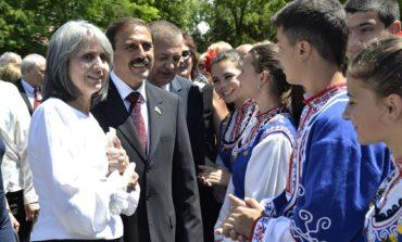 Вице-президент Болгарии и нардеп на митинге в Болграде