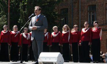 Нардеп принял участие в праздновании Дня Победы в Педуниверситете (ФОТО)