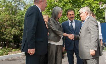 Нардеп и вице-президент Болгарии возложили цветы к памятнику Кириллу и Мефодию в Одессе