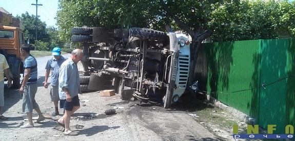В Измаиле перевернулась ассенизаторская машина