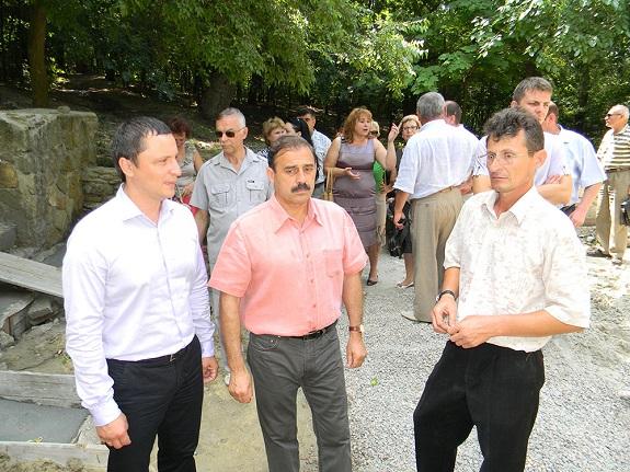Антон Киссе ознакомился с состоянием городского парка в Болграде (ФОТО)