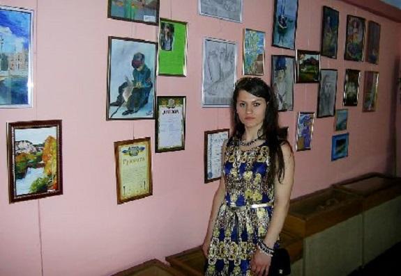 В Тарутино стартовала персональная экспозиция местной художницы