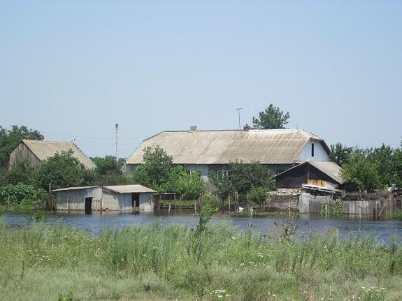 Новые фотографии из затопленной Сараты