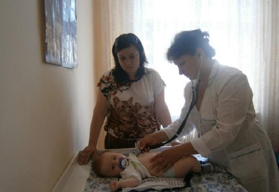 В Сарате матерей учили правильно ухаживать за детьми