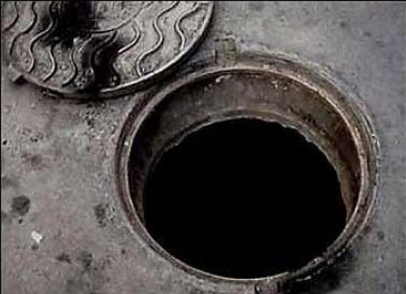 В Белгород-Днестровском районе начали воровать канализационные люки