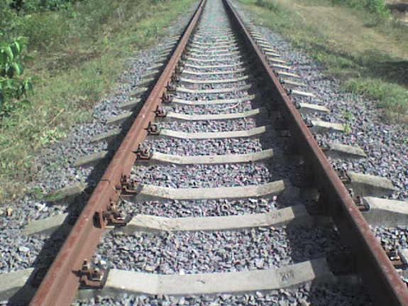 Житель Арциза разобрал железную дорогу