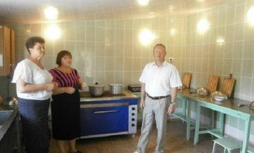 В Саратском районе отремонтировали пищеблок в детском саду
