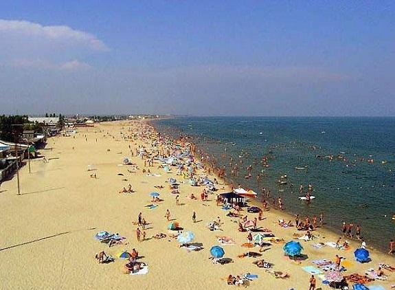 В Килийском районе официально работает только один пляж — работник СЭС