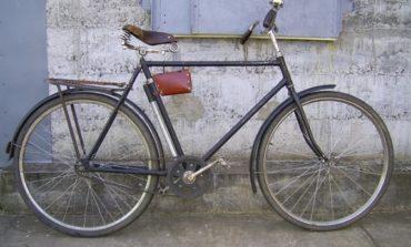 Пожилой житель Килии отобрал у подростка велосипед