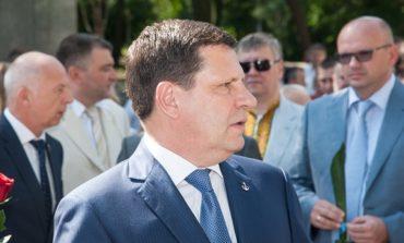 На День Конституции Украины к Костусеву пытались прорваться сталинисты