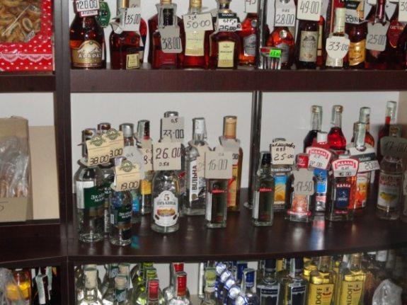 В баре Болграда торговали водкой с поддельными акцизными марками