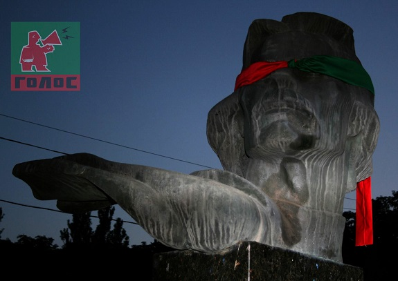 В Одессе «арт-террористы» завязали глаза памятникам деятелям искусства