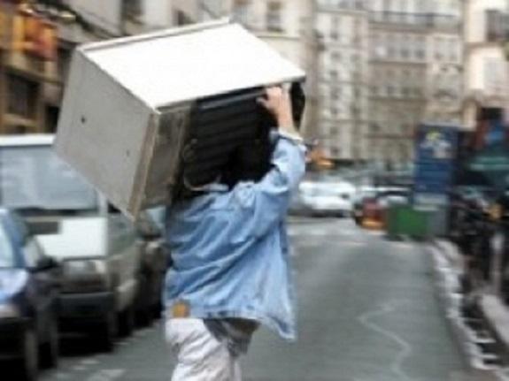 В Измаиле воры вынесли из квартиры холодильник