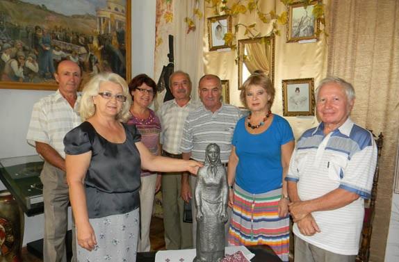 Болградский музей посетил известный скульптор (ФОТО)