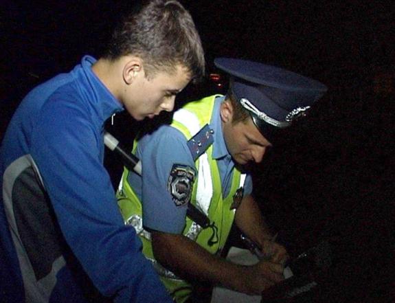 Гаишники поймали пьяного тарутинца на мопеде без прав