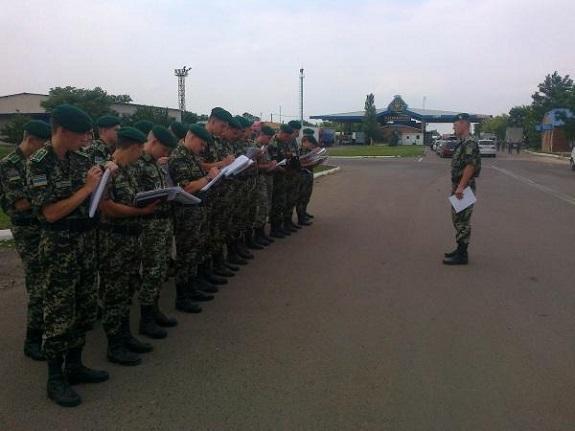 Белгород-Днестровский пограничный отряд пополнился молодыми офицерами (ФОТО)