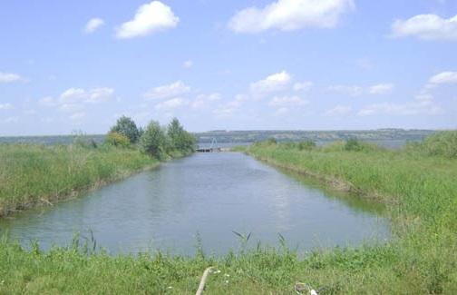 В Болграде проводят внеплановую очистку водопроводных сетей (ФОТО)