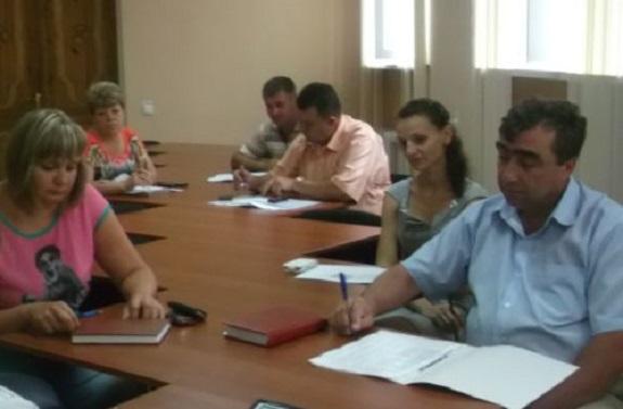 В Саратском районе работают над повышением зарплат