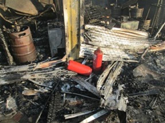 Масштабный пожар в Затоке: полыхала база отдыха «Рута»