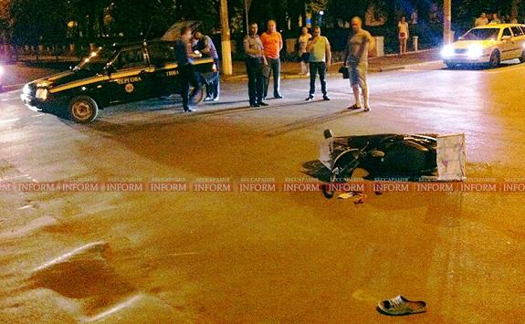 В Измаиле скутер влетел в «Opel», есть пострадавшие