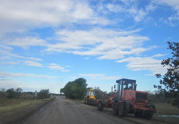 Благодаря Антону Киссе идёт полным ходом ремонт дороги Сарата-Арциз (ФОТО)