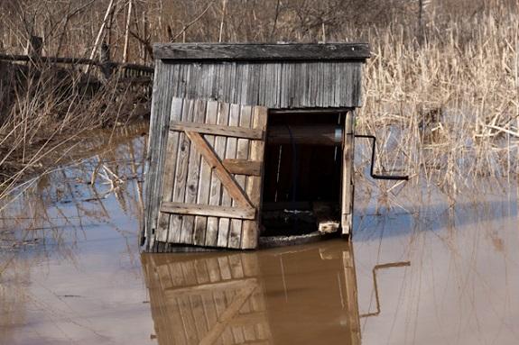 В Арцизском районе затопило колодец