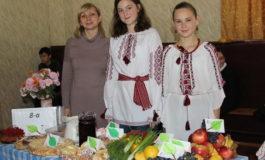 Школьники Белгорода-Днестровского провели благотворительную ярмарку (ФОТО)