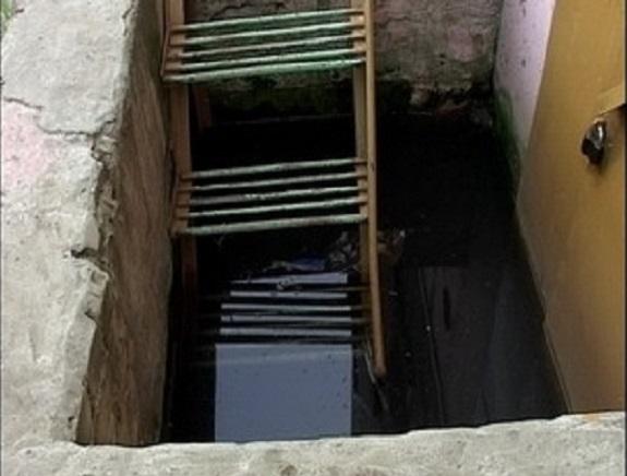В Тарутинском районе затопило территорию дома