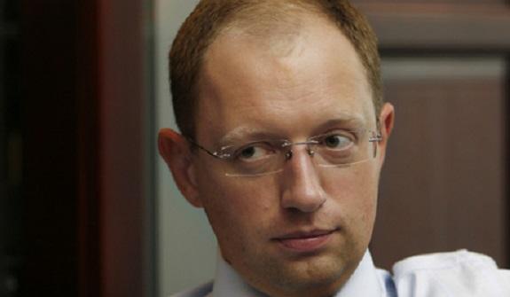 Непостоянный Яценюк: 2009 год – Тимошенко посадить пожизненно, 2011-й – за такое не сажают