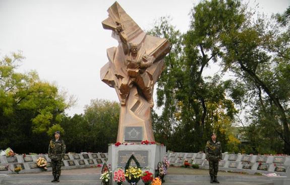 Митинг памяти о погибших десантниках в Болграде