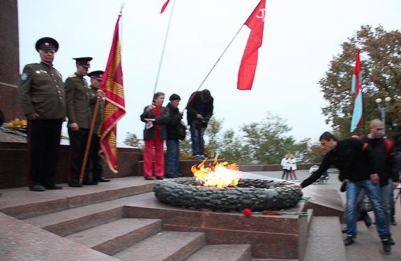 В Одессе в день основания ОУН-УПА сожгли флаг