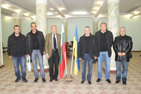 Болгарские футболисты посетили Одесский болгарский культурный центр