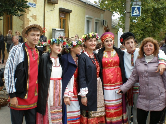В Белгород-Днестровском состоялись праздник национальных культур и съёмки телешоу (ФОТО)