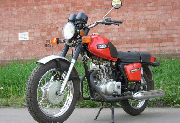 В Арцизе 15-летний подросток угнал мотоцикл