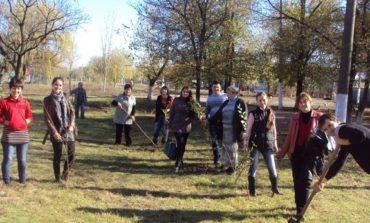 В Арцизском районе высадили свыше 7 тысяч деревьев (ФОТО)