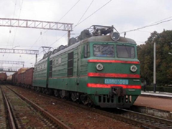 В Белгород-Днестровском районе поезд сбил человека